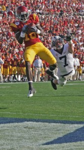 Been there · Sure-handed junior receiver Damian Williams, seen here catching a touchdown pass in the Rose Bowl against Penn State, should be the go-to guy this season. - Dieuwertje Kast | Daily Trojan