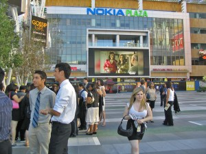 Revitalized · USC students stand in front of the Nokia Plaza in Downtown LA, which now offers an array of entertainment options. - Dieuwertje Kast | Daily Trojan