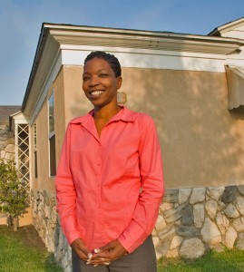 Stability · Alumna Marcy Pullard stands in front of Avenues of Independence, Inc., a non-profit transitional home she founded in 2008 to provide temporary shelter and support for homeless teenagers. - Nathaniel Gonzalez | Daily Trojan