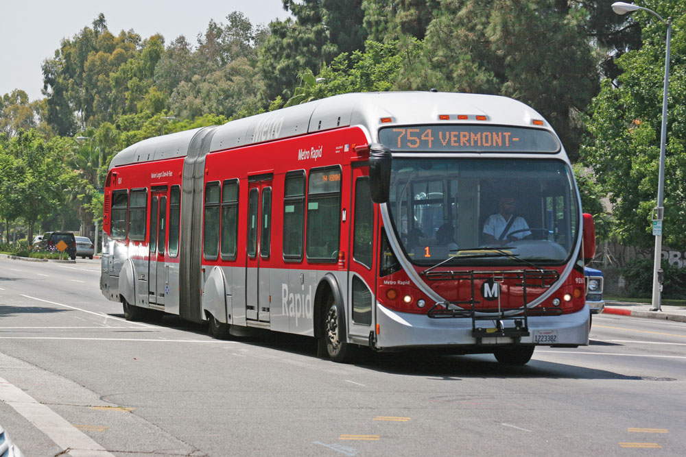 Metro Bus Cleaner : A pedestrian s guide to exploring los angeles daily trojan
