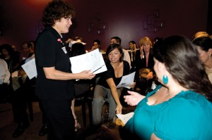 Making connections · About 500 alumni exchange resumés and attend workshops at a Pink Slip networking party at the Remedy Lounge, downtown. Attendance increased 500 percent from the first event. - Ben Rolnik | Daily Trojan