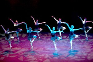 "En pointe ·  Members of the USC Chamber Ballet Company perform at the first ""Dialects of Dance"" concert in Bovard last Sunday. The company hosted the event, which also featured hip hop, Chinese and Latin groups. - Ian Elston 