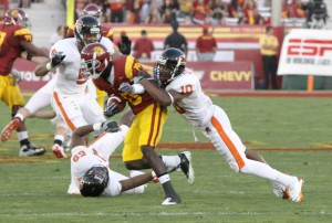 Giving it the boot · Damian Williams is out of the protective boot and could start running Monday. - Mike Lee | Daily Trojan