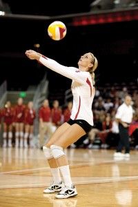 Setting up · Senior co-captain Jessica Gysin leads the Women of Troy into the NCAA tournament, where they will open with Oklahoma. - Ian Elston | Daily Trojan
