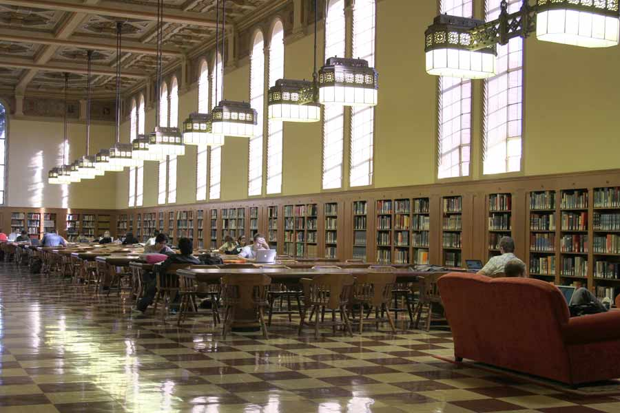 Libraries receive donation | Daily Trojan |Usc Library