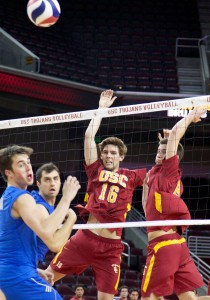 Not enough · Sophomore middle blocker Robert Feathers (16) had four kills in USC's defeat at the hands of No. 2 UCLA on Monday. - Ralf Cheung | Daily Trojan