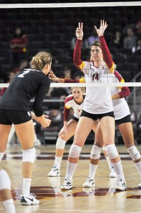 Back for more · After missing part of last season due to an injury, junior middle blocker Hannah Schraer (14) is healthy again and hopes to better her impressive freshman year numbers (1.75 kills per set, .383 hitting percentage). - Ralf Cheung | Daily Trojan