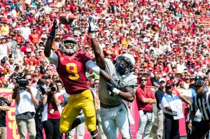 Tough going · USC junior wide receiver Marqise Lee and the rest of the Trojan offense have been unimpressive to start the season. Lee has 23 catches for 293 yards and one touchdown so far in 2013, well behind last year's pace. - Ralf Cheung | Daily Trojan