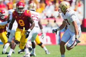 Breaking free · Junior wide receiver Marqise Lee (9) provided the Trojans' with their longest offensive play of the season in the second quarter when he shook off a defender en route to an 80-yard touchdown romp. - Ralf Cheung | Daily Trojan