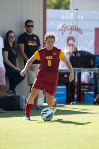 Versatility · USC senior Elizabeth Eddy plays forward and midfielder for the soccer team, as well as playing for the USC women's lacrosse team. - Ralf Cheung | Daily Trojan