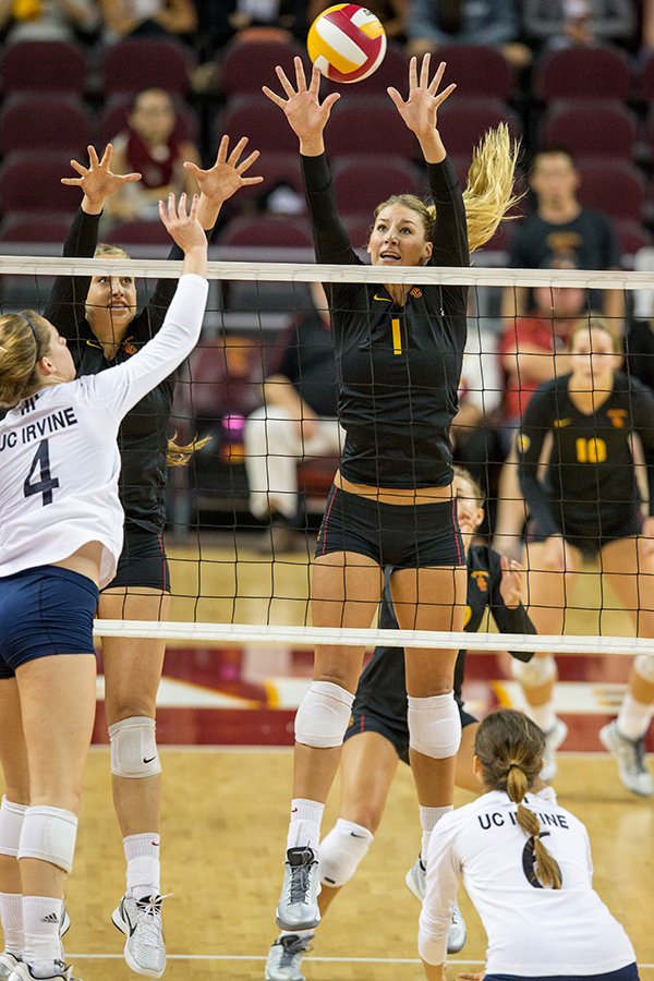 No. 2 USC hosts Stanford and Cal in Pac-12 clashes | Daily ...