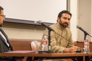 Spiritual leadrship · Seven Pillars' founder Pir Zia Inayat-Khan presented a process of unfolding experiences of life on Monday. - Ralf Cheung | Daily Trojan