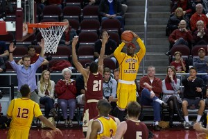 Solid as a rock · Senior guard Pe'Shon Howard has averaged 10.1 points and a team-leading 4.1 assists per game while starting 20 of 21 games for the Trojans this season. Howard transferred from Maryland after the 2013 season. - Ralf Cheung | Daily Trojan