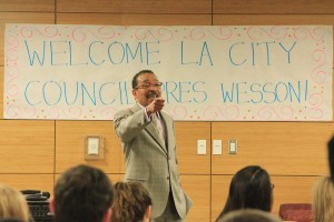 Los Angeles City Council President Herb Wesson speaks to students Tuesday in Marks Hall. — Ricardo Galvez | Daily Trojan