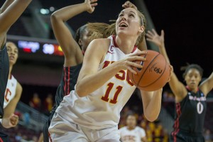 Duck hunt · Senior forward Cassie Harberts knows that Oregon did not play its best game at the Galen Center on Jan. 19, and thinks the Ducks will provide a big challenge tonight. Harberts is averaging 16.4 points per game. - Ralf Cheung | Daily Trojan