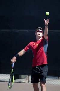 Work horse · Senior co-captain Michael Grant has proven his worth as a consistent starter this season, going 10-1 in dual-match play. - Ralf Cheung | Daily Trojan