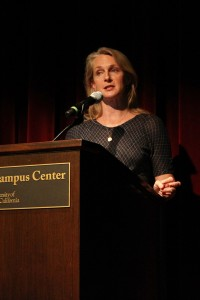 Inmate to writer · Author Piper Kerman revealed to students her goal to enlighten readers about incarceration and prison life with her book. - Jessica Zhou | Daily Trojan