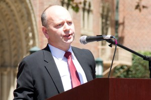 Remembrance · Stephen Smith,  the executive director of the Shoah Foundation, served as one of the guest speakers at the Armenian Genocide Awareness Talk, which was held Thursday at Tommy Trojan. - Austin Vogel   Daily Trojan