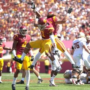 Safety first · Sophomore safety Su'a Cravens looks to improve upon his debut campaign in which he earned Freshman All-American honors. - Daily Trojan File Photo
