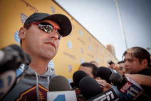 Clear eyes · First-year head coach Steve Sarkisian has his hands full with the Shaw situation but feels his team's only goal is defeating Fresno State. - Ralf Cheung | Daily Trojan