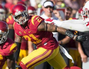 Craving some defense · Sophomore safety Su'a Cravens and the USC defense was completely overwhelmed by Boston College's ground attack Saturday, as they gave up 452 yards rushing to the Eagles' offense, including a 66-yard touchdown run to Boston College quarterback Tyler Murphy. - Ralf Cheung | Daily Trojan