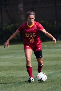Setting the table · Junior midfielder Reilly Parker set up one of the Women of Troy's two goals against Utah with a beautiful corner kick. - Brian Ji | Daily Trojan