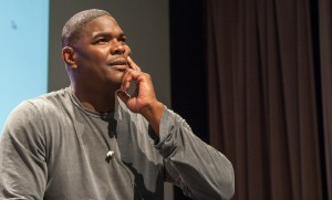 Keys to success  · Keyshawn Johnson, who played for the Trojans for two seasons and in the NFL for 11, spoke about his experiences in a wide variety of fields, including the restaurant business and real estate. - Ralf Cheung | Daily Trojan