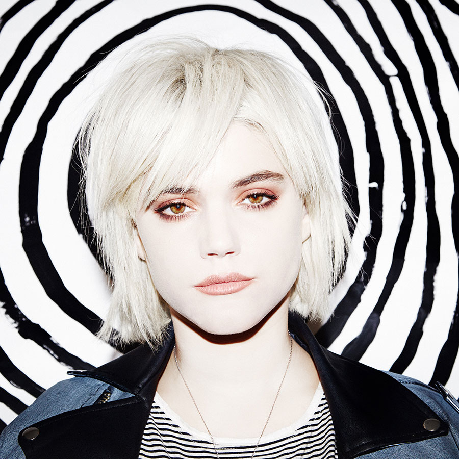 1000  images about Soko on Pinterest | New girlfriend, Aliens and ...