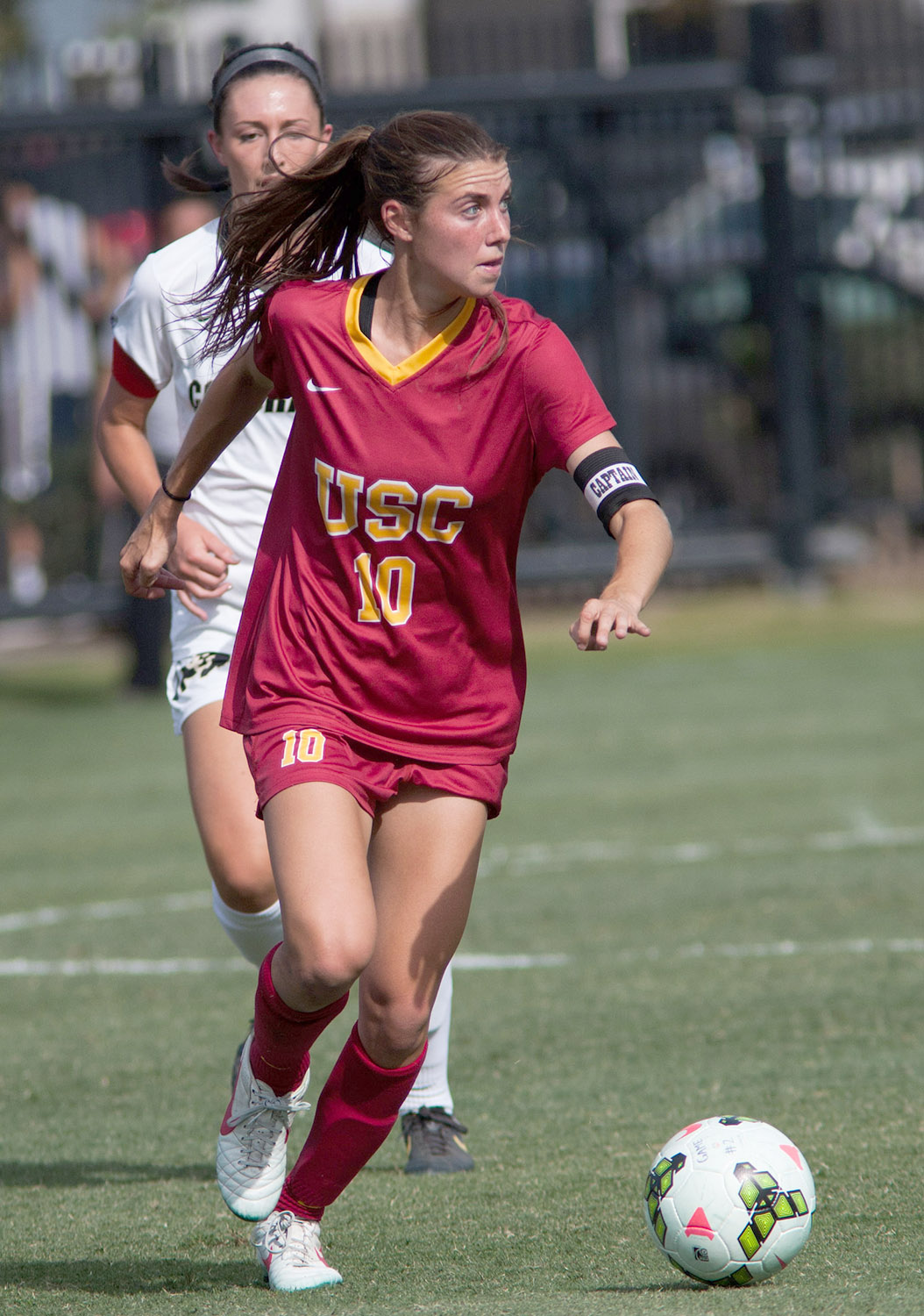 Bouncing back · Senior forward Jamie Fink and the Women of Troy rebounded from a loss to Florida State with a 2-0 win over UC Riverside.  - Brian Ji | Daily Trojan