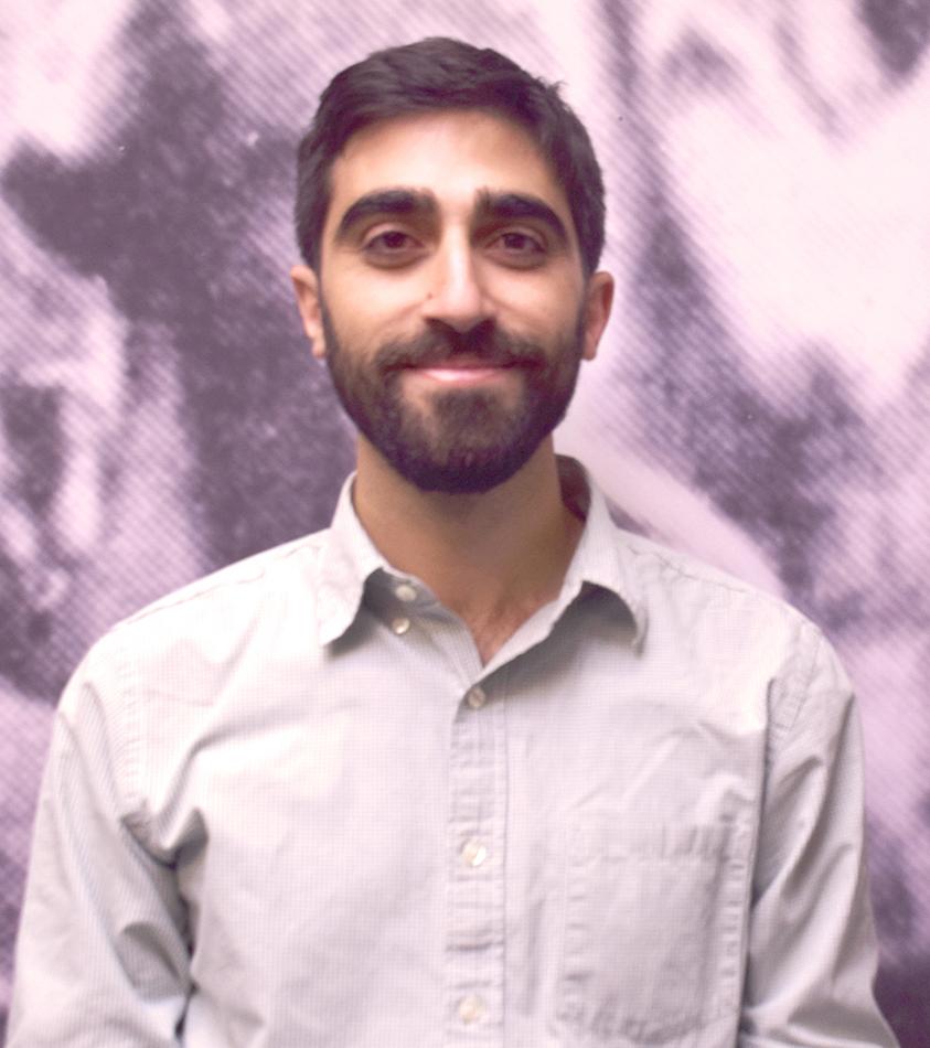 Active listening · Manuk Avedikyan indexes survivors' audio visual testomonies from the Armenian Genocide for the Shoah Foudation. - Photo courtesy of Manuk Avedikyan