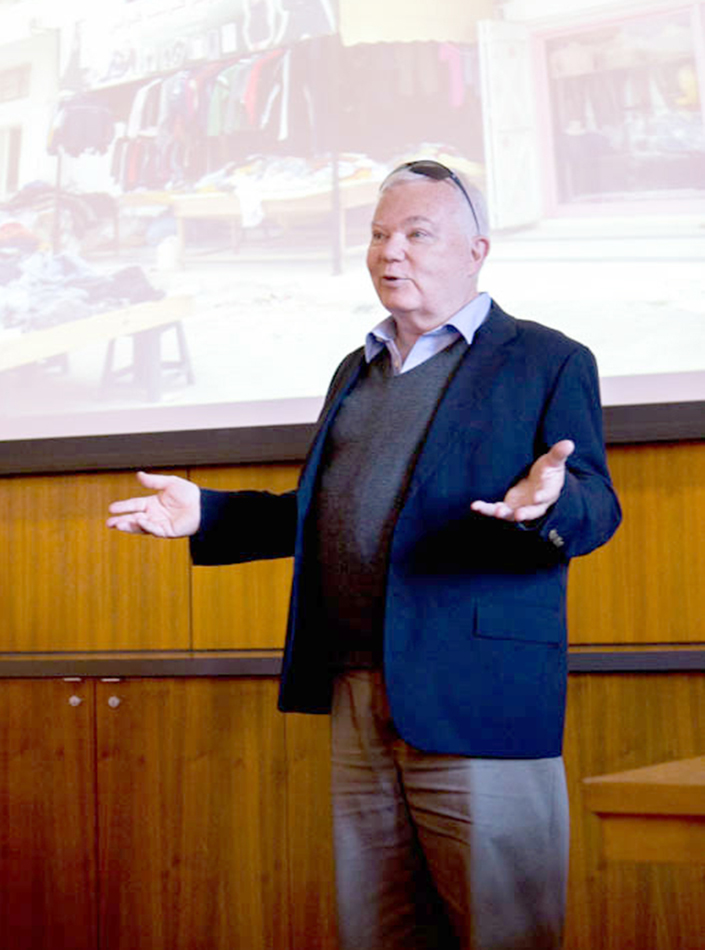 Off the books · Laurence Michalak, an expert on North Africa, spoke about Tunisia's black market in the Ronald Tutor Campus Center Tuesday.  - Kenneth Rodriguez-Clisham | Daily Trojan