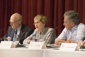 Julia Erickson | Daily Trojan Minority majority · Zev Yaroslavsky (left), Laurie Levenson (center) and Mel Levine (right) spoke on Jewish support for other minority groups Monday.