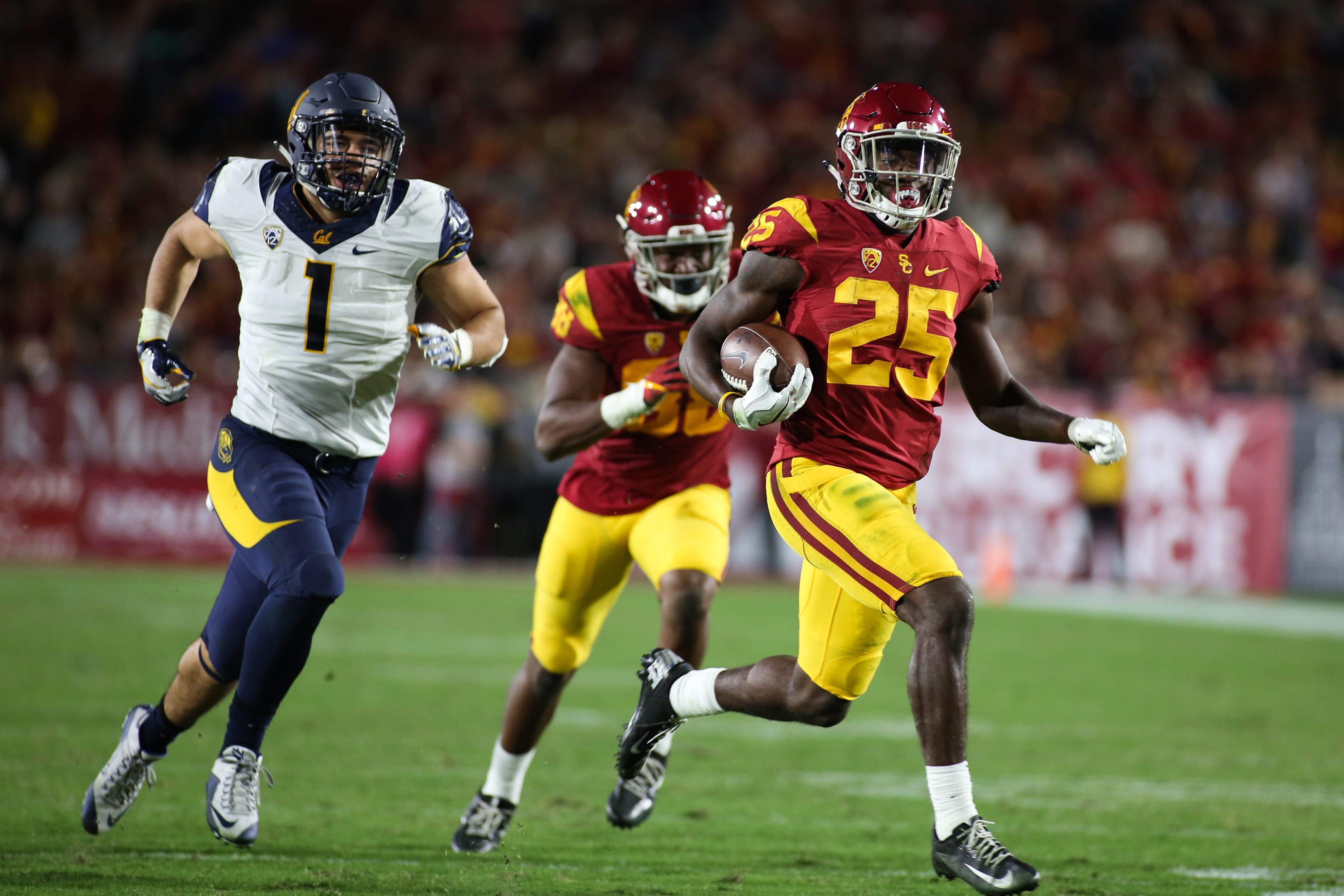 Katie Chin | Daily Trojan In good hands · Senior running back Justin Davis will depart USC after this season, but the Trojans' run game looks intact with sophomores Ronald Jones II (above) and Aca'Cedric Ware waiting in the wings.
