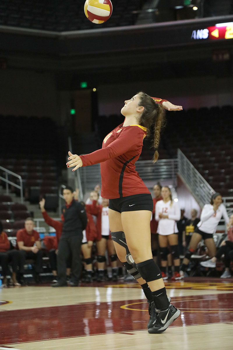 Alexandra Ting | Daily Trojan Have ball, will travel · Senior libero Taylor Whittingham and the women's volleyball team begin a road trip on Wednesday against Arizona.