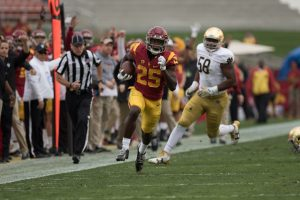 Ronald Jones scampers for a 52-yard touchdown run in USC's win over Notre Dame - Nick Entin | Daily Trojan