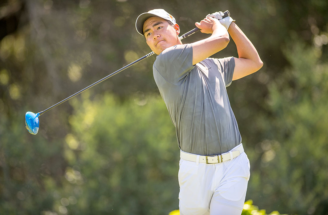Photo courtesy of Sports Information Go green · Sophomore Justin Suh and the men's golf team defeated Georgia Tech in the final round of the Cypress Point Classic on Tuesday to take first place. The final score was 19.5 - 4.5 in favor of the Trojans.