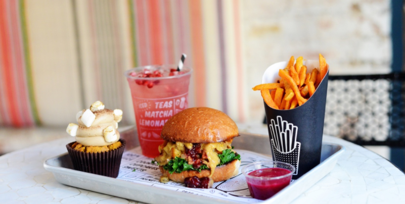 Instagrammable Eats: Stay Healthy & Eat Trendy at By CHLOE