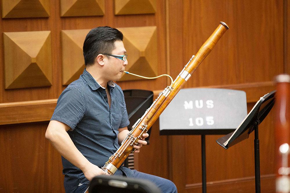 bassoonist michael ke ma leads master class daily trojan