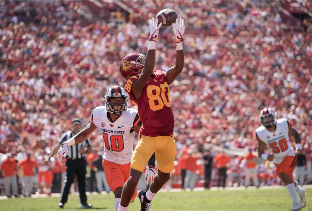 USC shakes off sloppy start, edges Utah, 28-27
