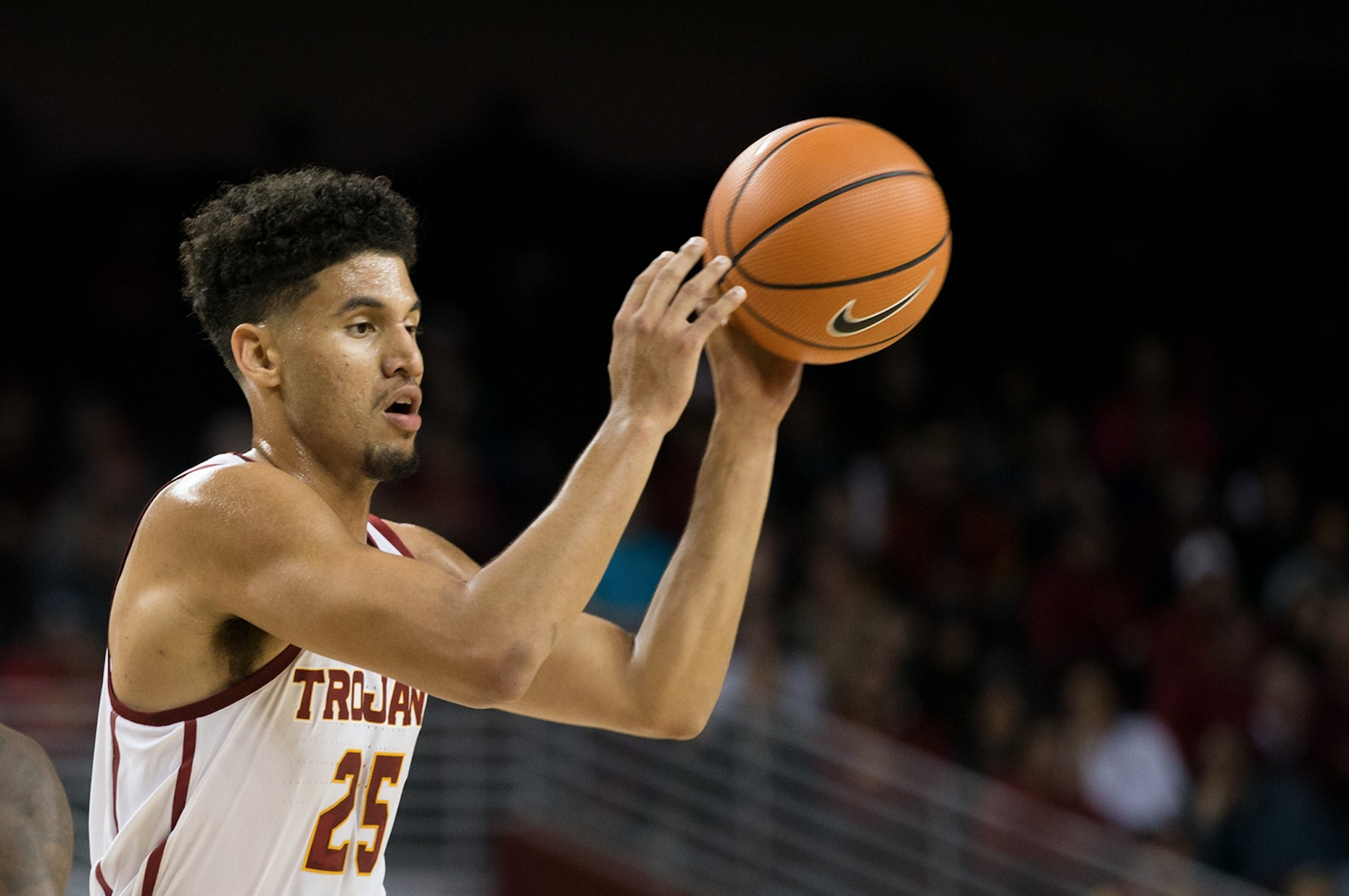 Men's basketball struggles to victory against NDSU   Daily ...